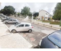 2 bedroom apartment between Lisbon and Sintra